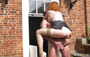 Talented bf enjoys having redhead diva Tarra White riding his huge rod