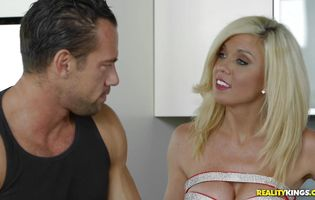 Smashing hardcore along blonde Parker Swayze with superb curves