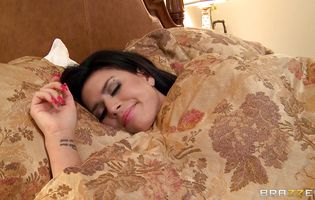 Once on the love stick latin minx Eva Angelina with curvy tits is just feeling the warmth