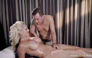 Beguiling blonde bombshell Alena Croft is who likes to give a blowjob to stranger